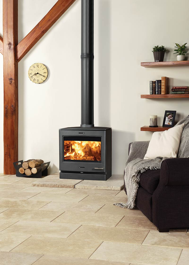 Yeoman CL8 wood and multi-fuel stove